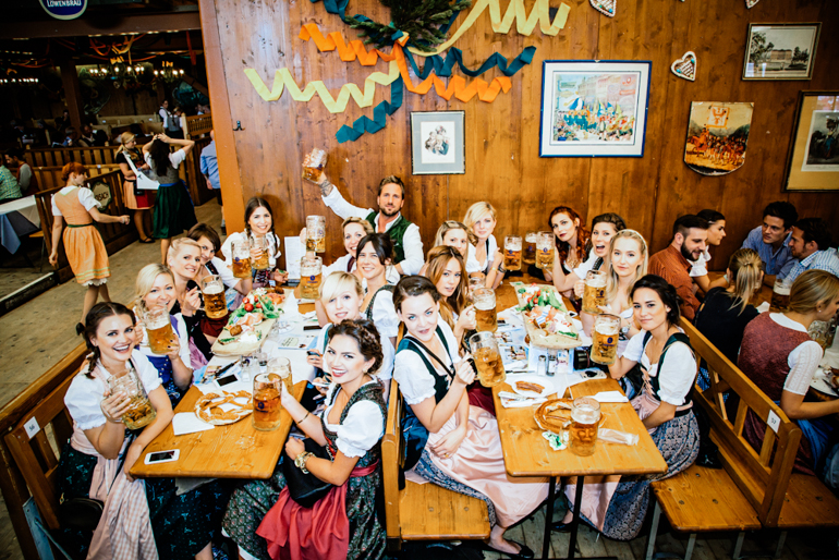 Cover-PR-Style-Shiver-Wiesn-17