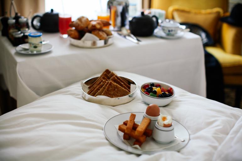 Style-Shiver-Travel-Paris-Shangri-La-Hotel-19