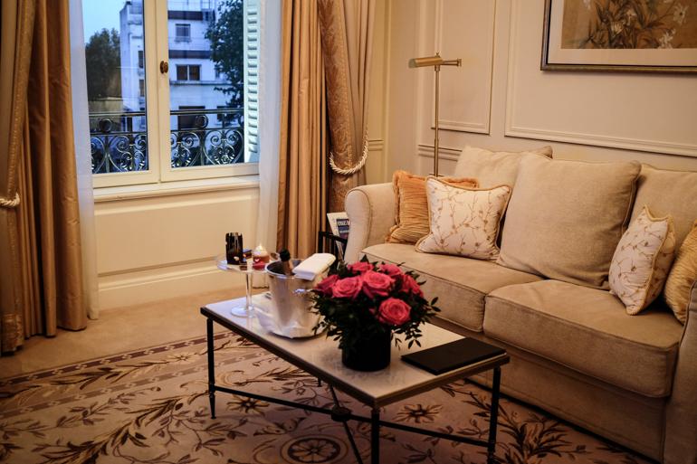 Style-Shiver-Travel-Paris-Shangri-La-Hotel-2