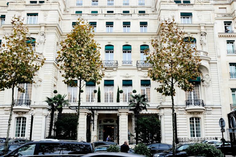 Style-Shiver-Travel-Paris-Shangri-La-Hotel-23