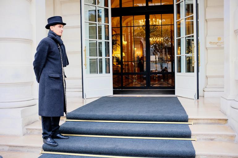 Style-Shiver-Travel-Paris-Shangri-La-Hotel-24