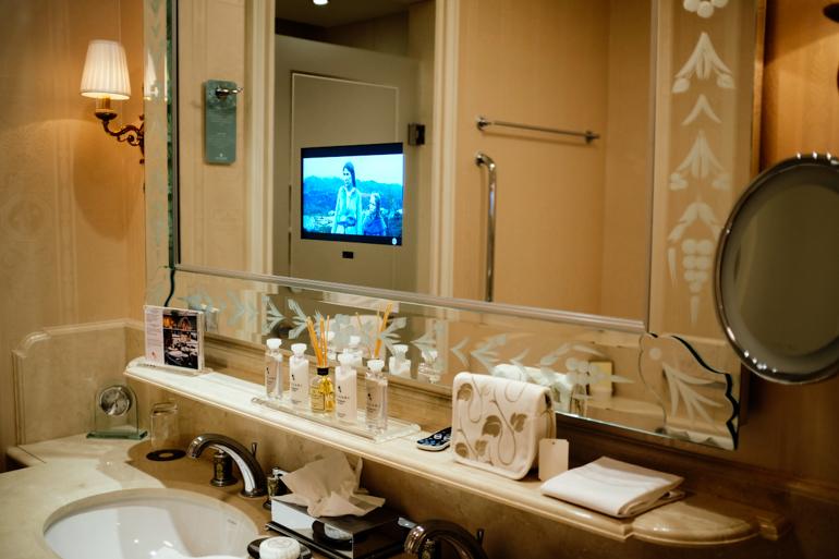 Style-Shiver-Travel-Paris-Shangri-La-Hotel-7