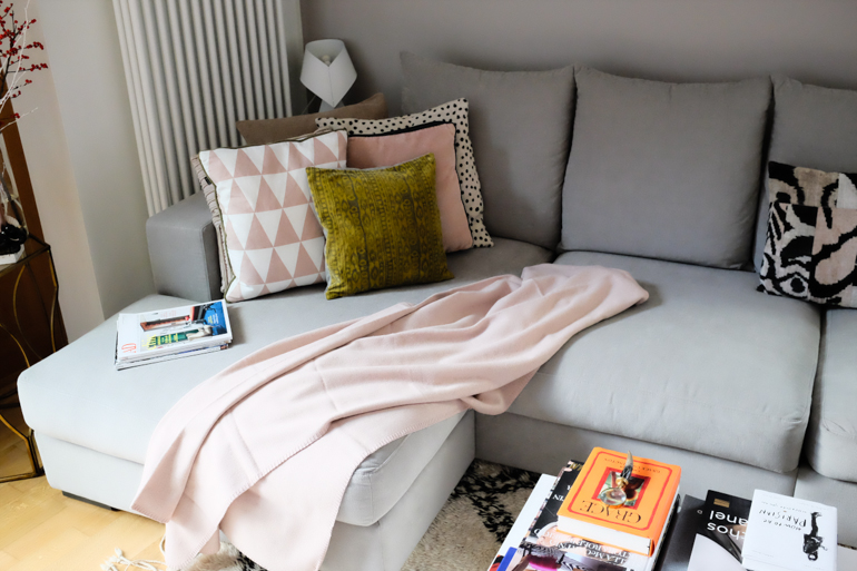 Style-Shiver-BoConcept-Couch-3