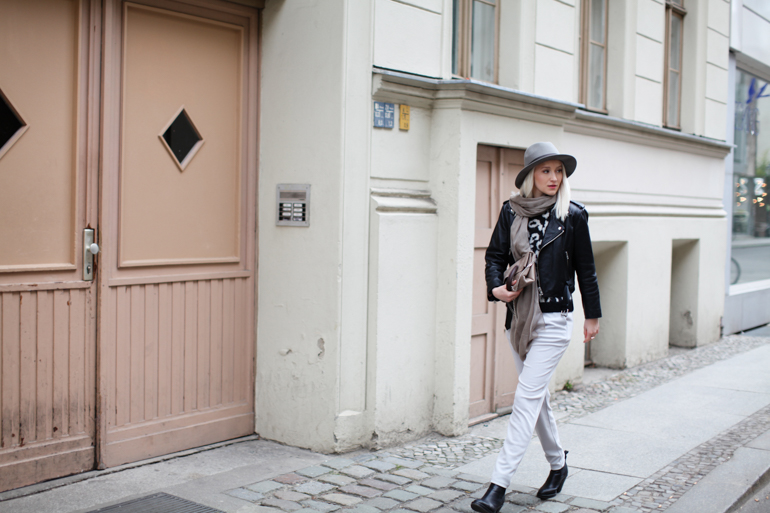 Style-Shiver-Outfit-Grey-1-2