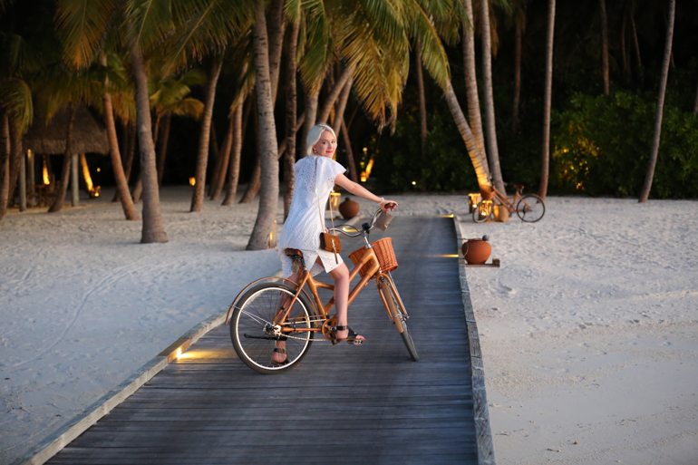 Style-Shiver-Outfit-Maldives-16