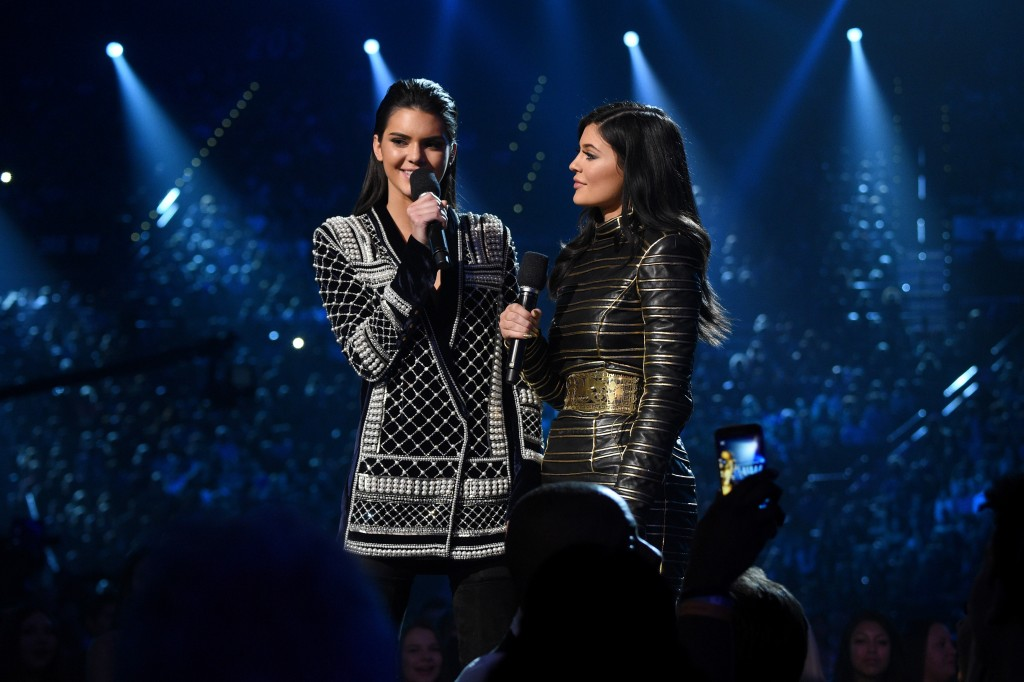 2015 Billboard Music Awards - Roaming Show, Balmain x H&M