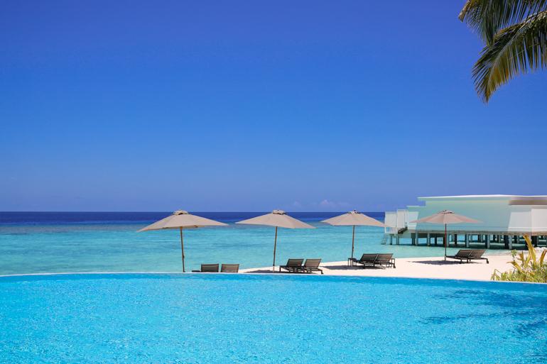 Style-Shiver-Travel-Maldives-Amilla-Fushi-21