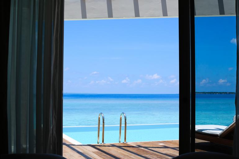 Style-Shiver-Travel-Maldives-Amilla-Fushi-42