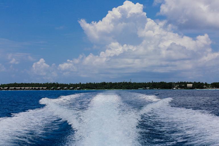 Style-Shiver-Travel-Shangri-La-Maldives-43