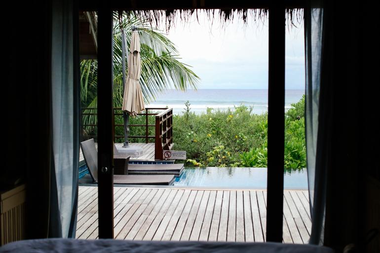 Style-Shiver-Travel-Shangri-La-Maldives-7