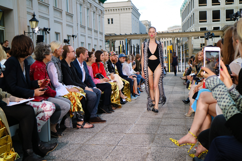 Style-Shiver-Fashion-lalaBerlin-SS16-Show-6