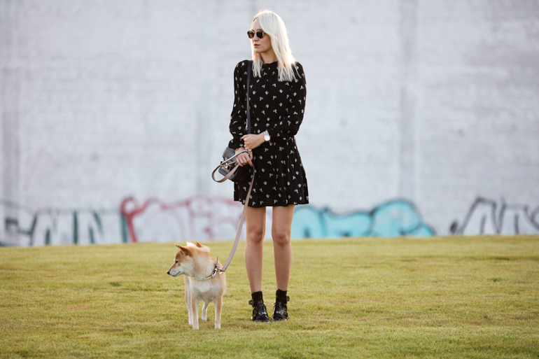 Style-Shiver-Outfits_Sunset-Walk-2