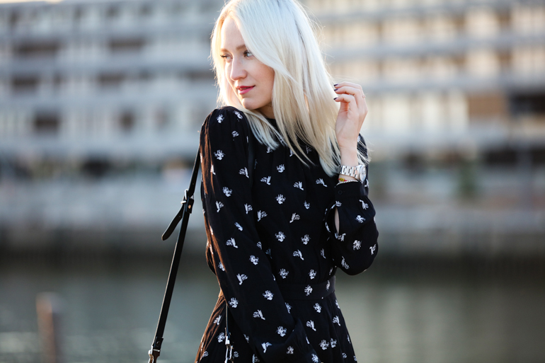 Style-Shiver-Outfits_Sunset-Walk-6