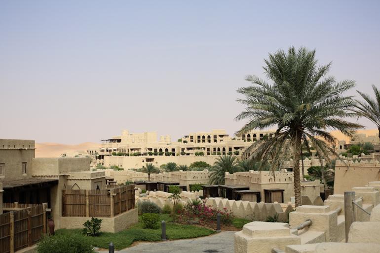 Style-Shiver-Travel-Anantara-Qasr-Al-Sarab-Desert-Resort-1