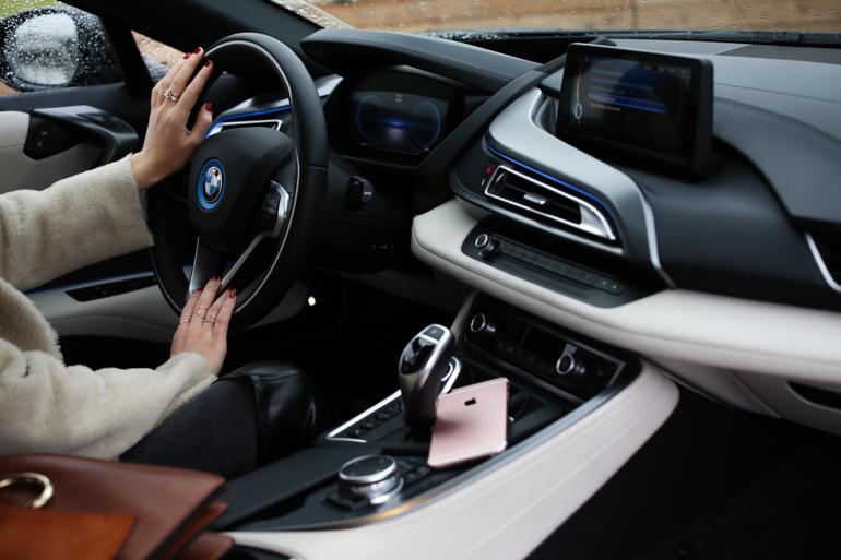 StyleShiver-BMW-I8-10