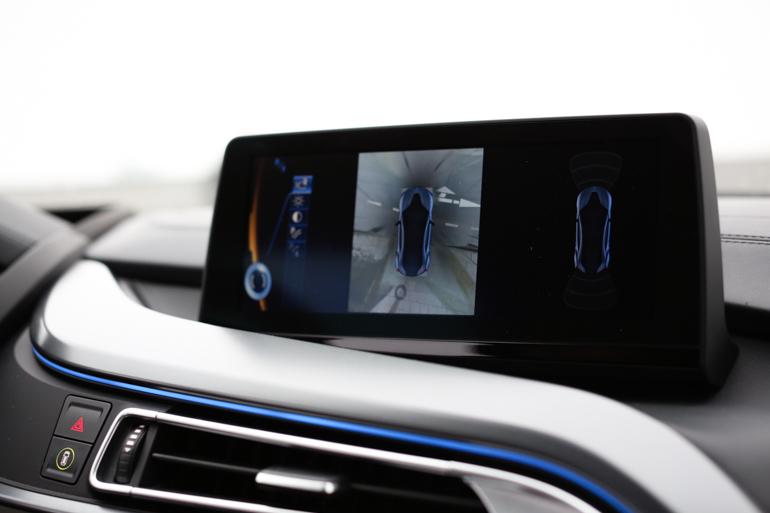 StyleShiver-BMW-I8-12