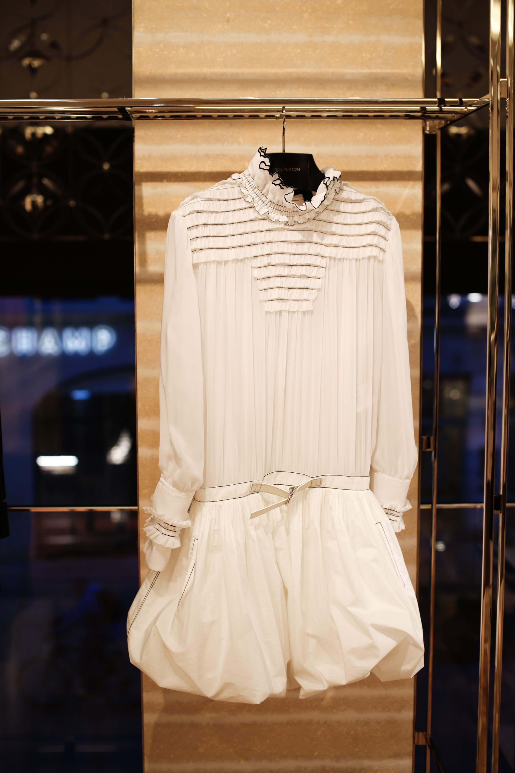 Style-Shiver-Louis-Vuitton-for-Unicef-10